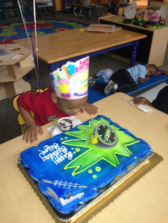 We celebrated Steffon's 4th birthday with a Teenage Mutant Ninja Turtle Cake.